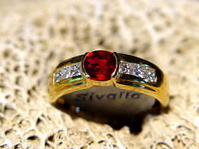 Pigeon Blood Ruby 18K. Gold Ring/Princess-Cut Diamonds