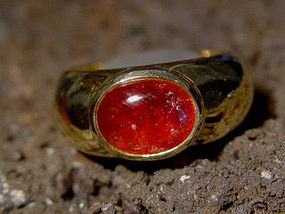 18K. Solid Gold Ring set with Genuine Red Spinel Cab.