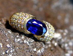 Ravishing Blue Sapphire & Diamond Ring 18K. Solid Gold