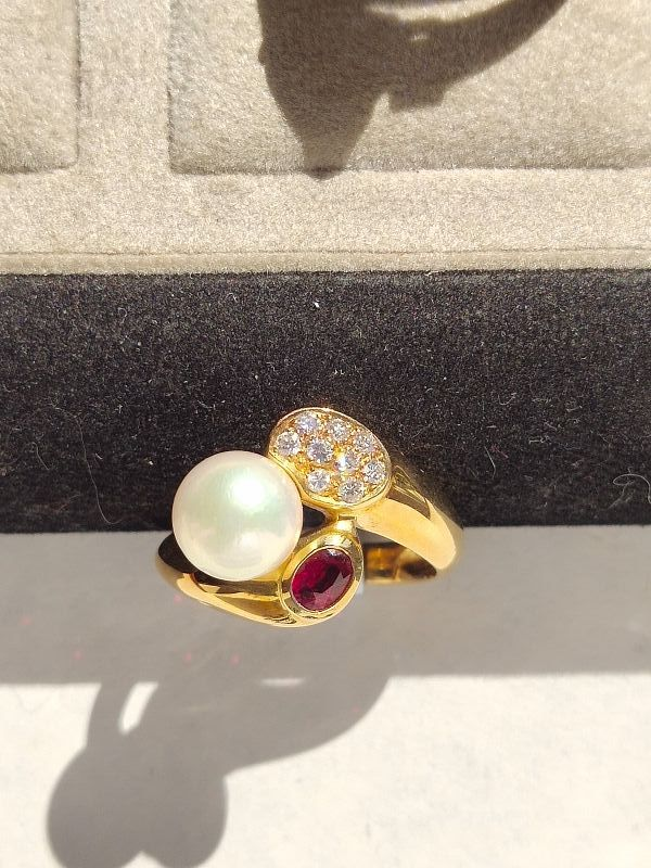 Solid 18K. Gold Ring with Cultured Pearl-Ruby-Diamonds