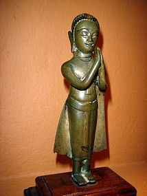 THAI BRONZE DISCIPLE IN ADORATION 19th CENTURY