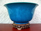 18th CENTURY CHIENG LUNG BOWL IN OMBRE-TURQUOISE GLAZE