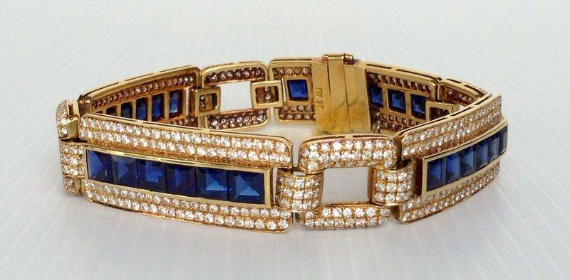 BLUE SAPPIRE AND DIAMOND BRACELET 18K. GOLD