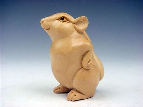 NETSUKE, JAPANESE HAND CARVED WOODEN MOUSE
