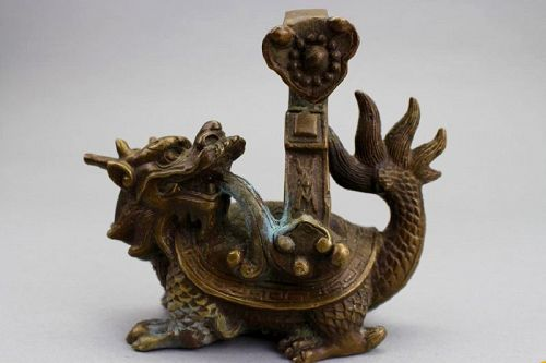 ANTIQUE CHINESE BRONZE DRAGON-TURTLE WITH BACK HOOK