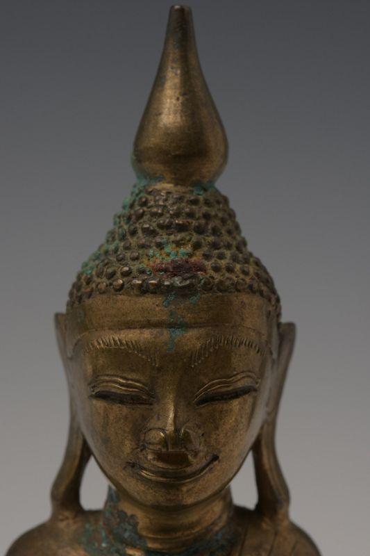 16th CENTURY SHAN BRONZE SMILING BUDDHA