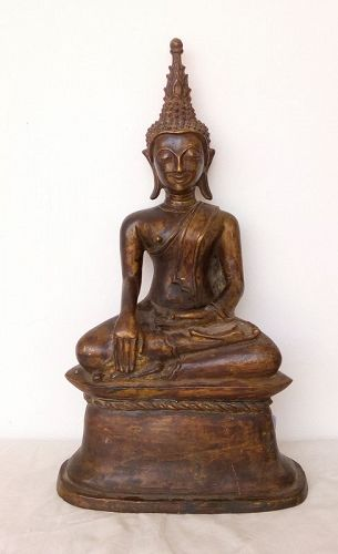 18th CENTURY BRONZE BUDDHA FROM LAOS