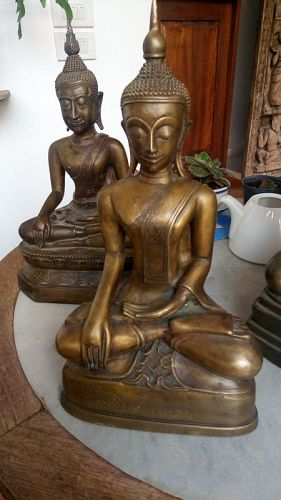 EXCEPTIONAL & RARE SHAN BRONZE BUDDHA SUBDUING MARA 17/18th Century