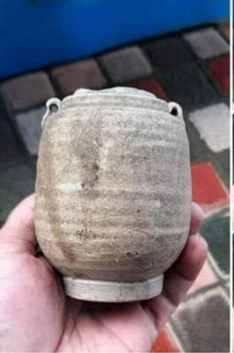 A genuine SONG YUAN DYNASTY (960-1279) BROWN CELADON JARLET