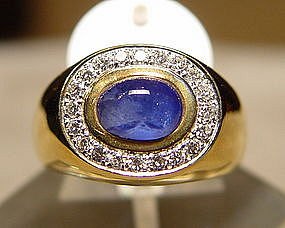 Cabochon Blue Sapphire/Diamond Ring 18K.