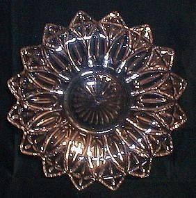 Federal Glass Petal Pattern Sandwich Plate