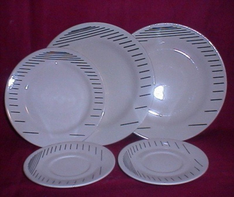 Oxford Brazil Black Pin Stripe Dinnerware
