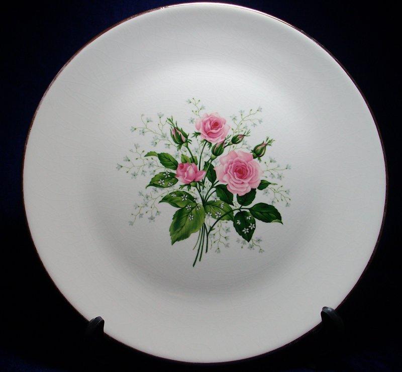 Royal USA Queens Rose Dinnerware