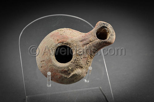 Greek - Hellenistic pottery oil lamp, 300 BC