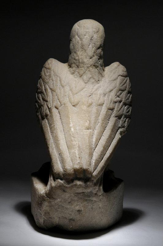 Ancient Roman imperial marble figure of an eagle,100 AD
