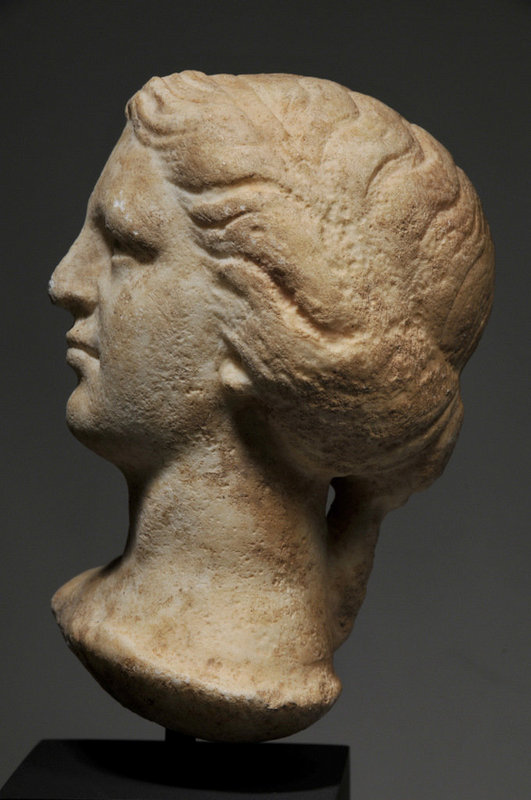 Ancient Roman marble head of a female, 1st-2nd Cent.