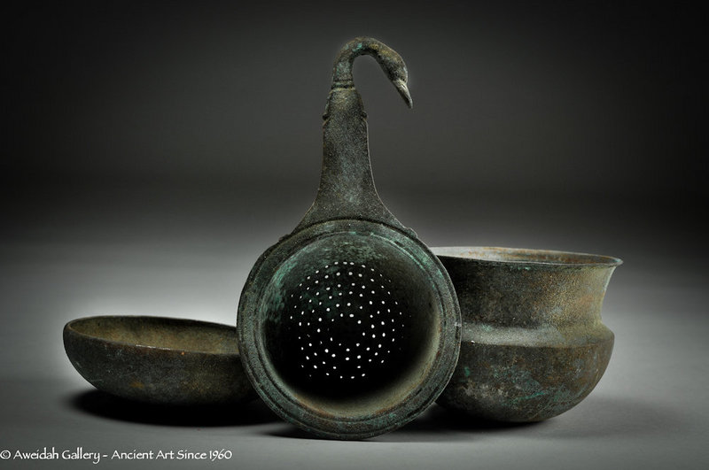 Ancient Greek bronze wine drinking set, 400 BC