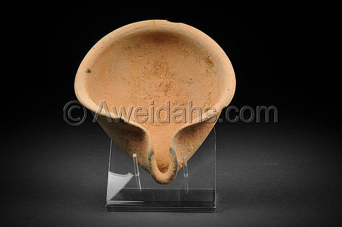 Ancient Biblical Late Bronze Age oil lamp,1550 BC