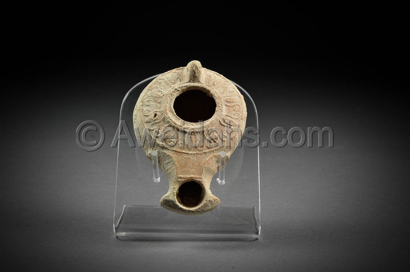 Roman darom type decorated pottery oil lamp, 70 - 150 AD