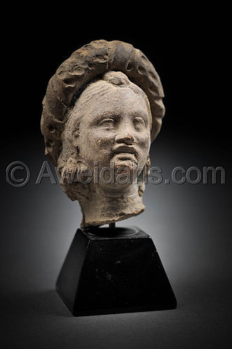 Greco - Roman terracotta female head, 100 BC/AD