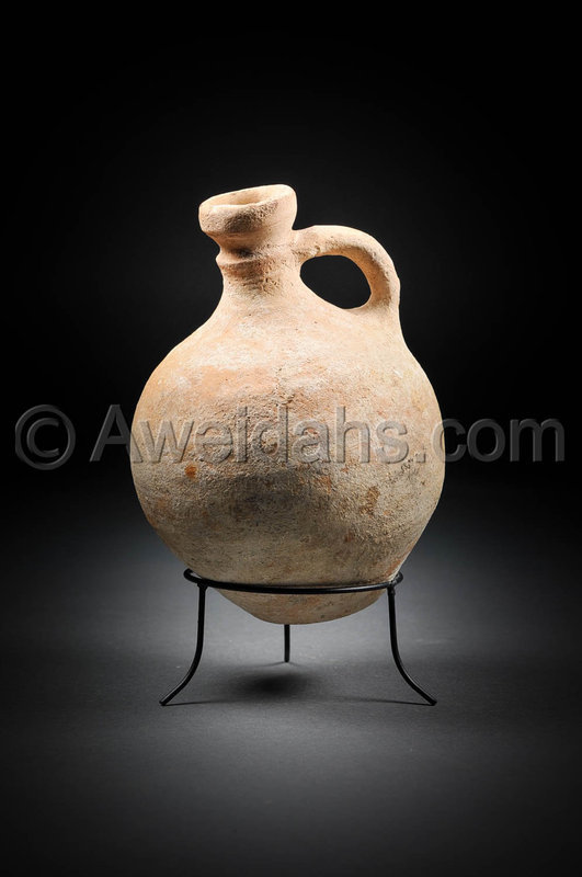 Biblical Iron Age pottery wine decanter, 1000 - 700 BC