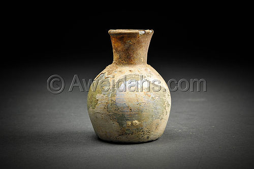 Roman glass perfume flask with beautiful patina, 100 - 300 AD