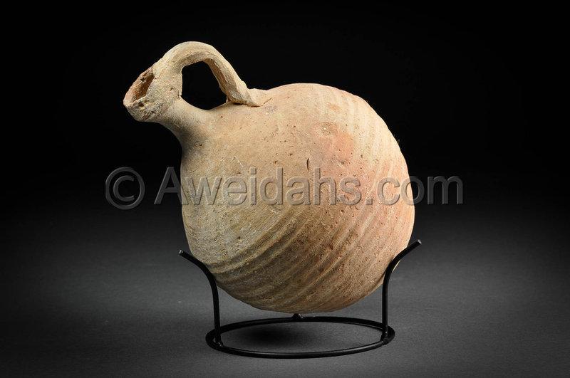 Biblical Roman Herodian pottery jar, 63 BC - 100 AD