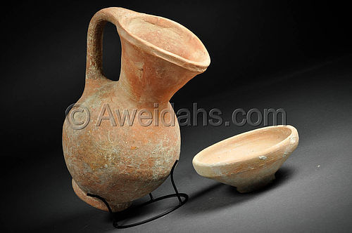 Iron Age, Israelite period wine pitcher and drinking bowl, 1000 BC