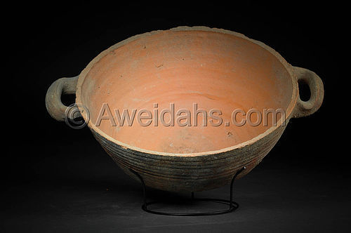Biblical Roman Herodian pottery pan with two handles, 1st Cent. AD