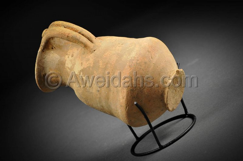 Canaanite Late Bronze Age pottery wine pitcher, 1550 - 1200 BC