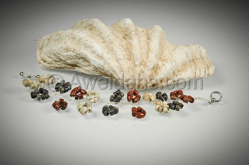 Charming Roman stone beads bracelet, 100 � 300 AD