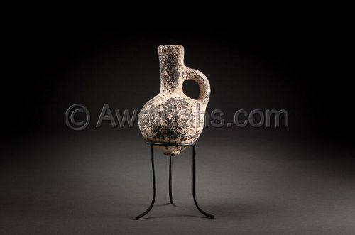 Ancient Iron Age black pottery oil juglet, 1000 BC