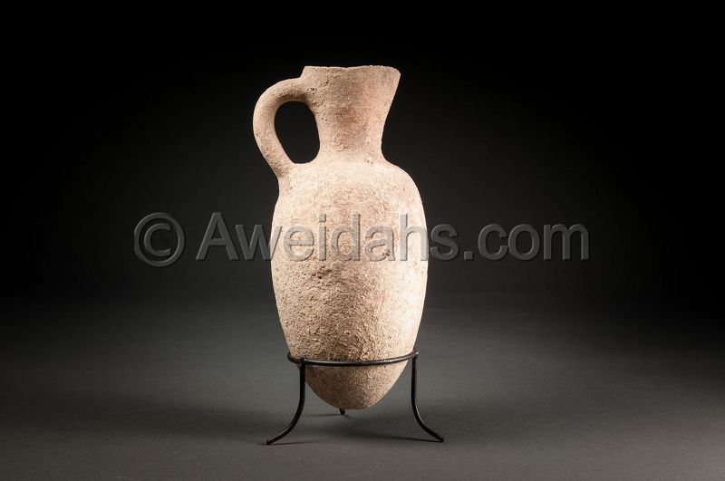 Ancient biblical Middle Bronze Age wine measuring jar, 1850 BC