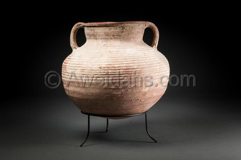 Ancient biblical Roman Herodian pottery cooking pot, 37 BC - 70 AD