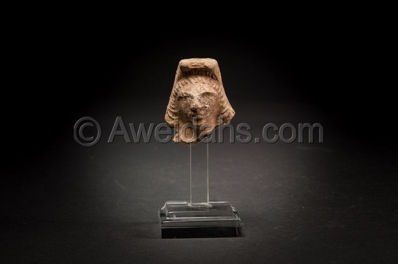 LATE ROMAN TERRACOTTA ASTARTE HEAD, 300 - 400 AD