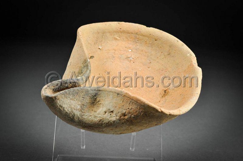 Canaanite terracotta oil lamp, 1550 – 1200 BC