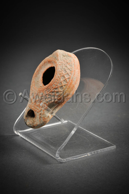 Roman Samaritan decorated terracotta oil lamp, 200 - 300 AD
