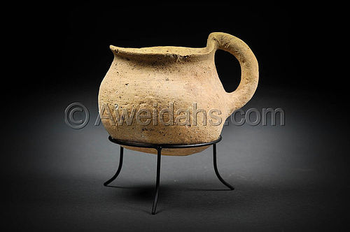 Canaanite Early Bronze Age pottery jar, 3000 BC