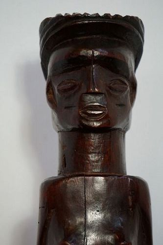 African Chokwe figure from The Democratic Republic of Congo