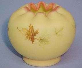 Fenton Burmese Rose Bowl -- Maple Leaf