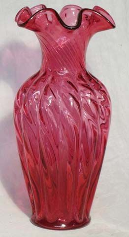 "Fenton Cranberry Swirl Optic 11"" Vase"