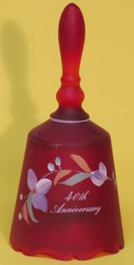 Fenton Red Satin 40th Anniversary, Musical Bell