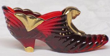 Fenton Red Slipper w/Gold Decoration