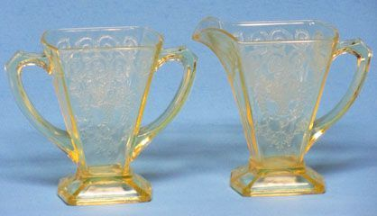 Indiana Glass Lorain Creamer and Sugar, Yellow