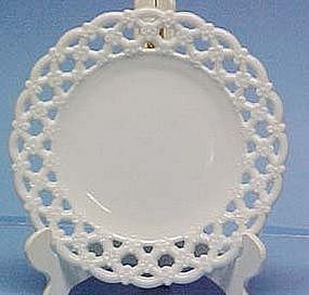 Westmoreland Forget-Me-Not Plate milkglass