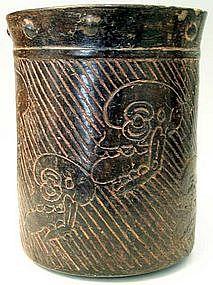 Maya Skulls Cylinder