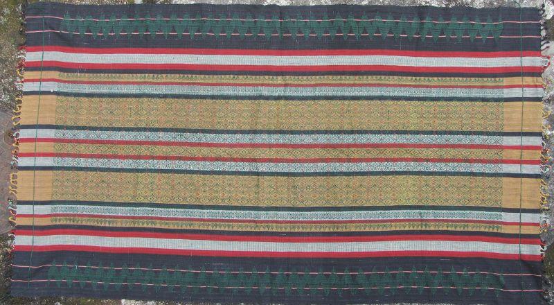 Akha Blanket