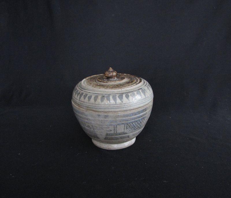 Sawankhalok Box