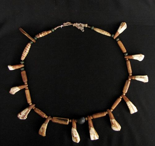 Chin Animal Bone Necklace