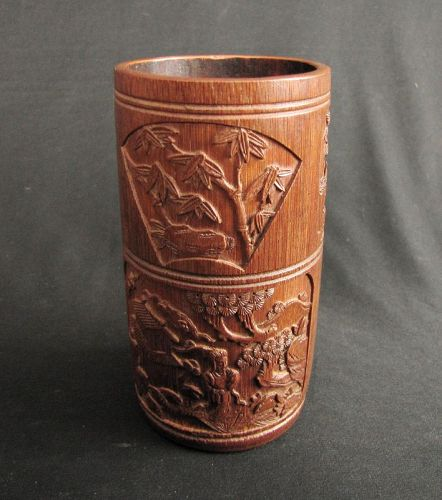 Bamboo Brush Pot with Three Friends of Winter Motif ����